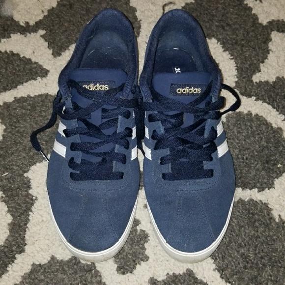 Le Adidas Blu Neo Conforto Piede Letto Blu Adidas Navy Poshmark fe9af1